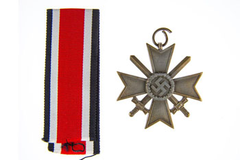 Kriegswerdienstkreuz medal given by Roberts to members of the network