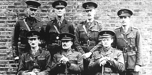 Vernon Kell (centre of front row) with heads of MI5 branches, 1918